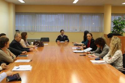 Vista parcial de los participantes en la Jornada, moderada por José Antonio Ramos