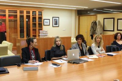 De izqda. a dcha.: Marisa Cuerda, Cristina Guisasola, Inma Valeije, Margarita Roig, Patricia Faraldo